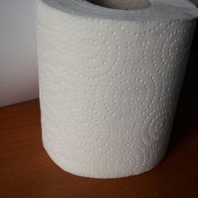 Hârtie igienica alba